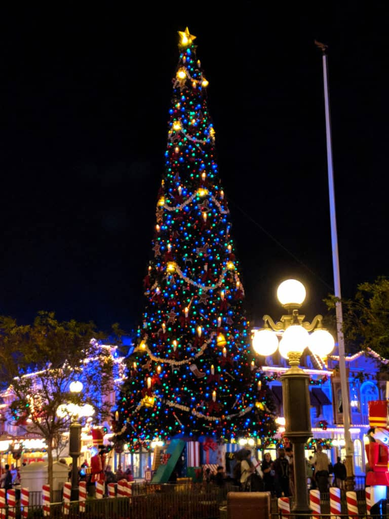 Christmas Tree at Mickey's Very Merry Christmas Party