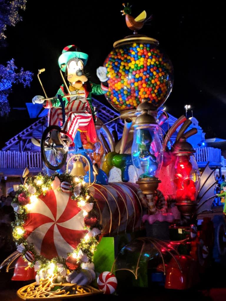 Mickeys Very Merry Christmas Party 2019.Mickey S Very Merry Christmas Party Guide 2019 The Disney