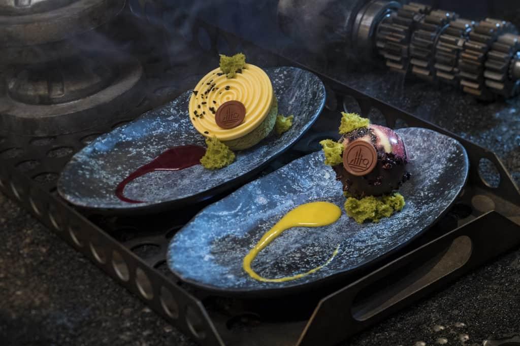 Desserts at Docking Bay 7 in Star Wars Galaxy's Edge