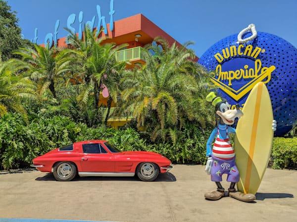 Statue of Goofy at Disney's Pop Century