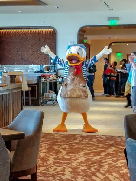 Donald Duck at Topolino's Terrace Breakfast a la Art