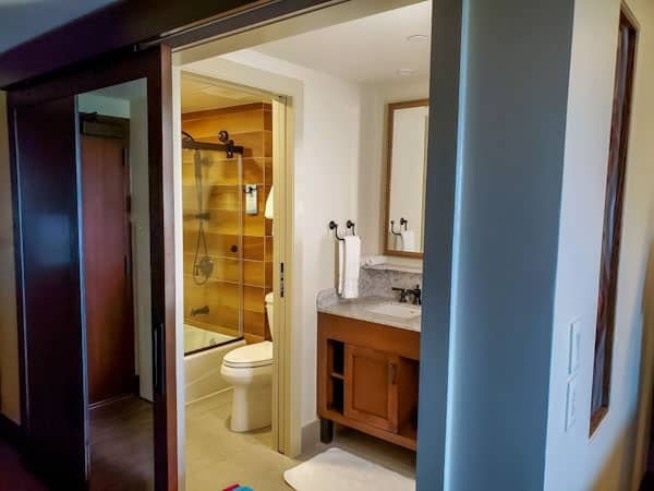 Wilderness Lodge renovated room looking into bathroom