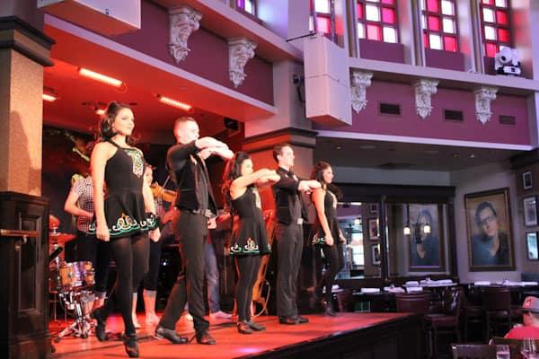 Raglan Road Irish step dancers
