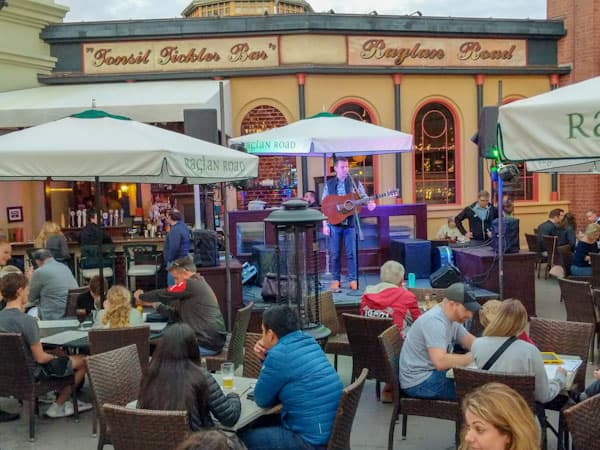 Outdoor seating at Raglan Road in Disney Springs