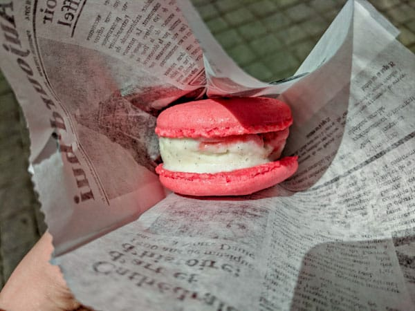 Epcot Macaron Ice Cream Sandwich-a great snack when eating cheap at Disney World