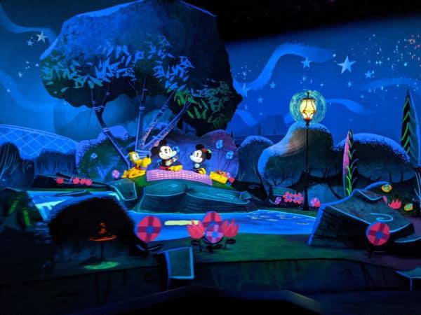Mickey and Minnie's Runaway Railway ride image