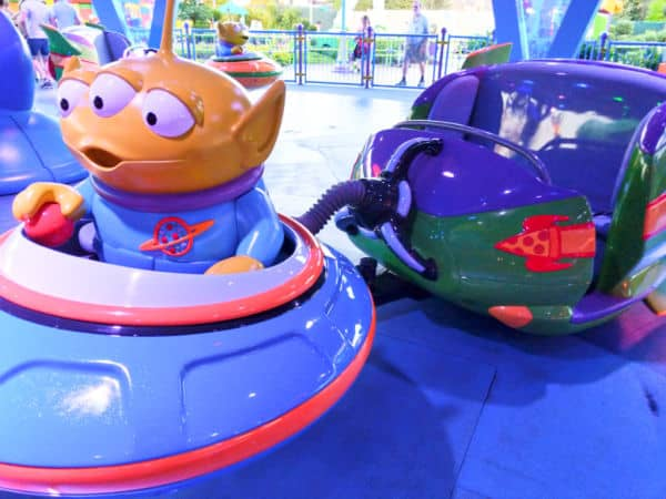 Alien Swirling Saucers at Hollywood Studios